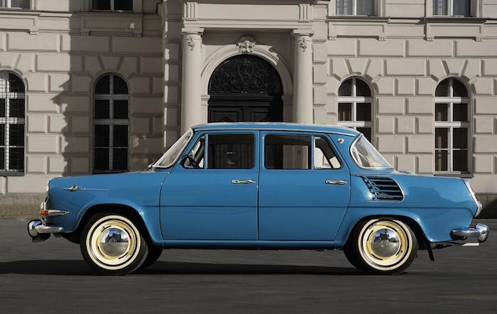 auto 50 jaar Skoda 50 jaar geleden: 1000 MB van voor naar achter auto 50 jaar
