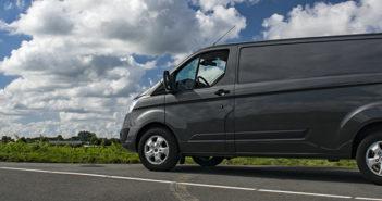 Ford Transit Custom automaat autotest rijtest bedrijfswagen bestelwagen auto Driving-Dutchman