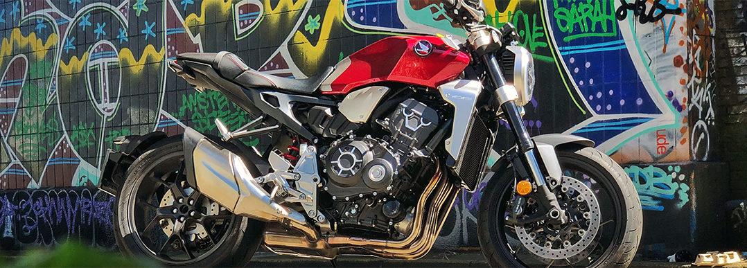 Motortest CB1000R