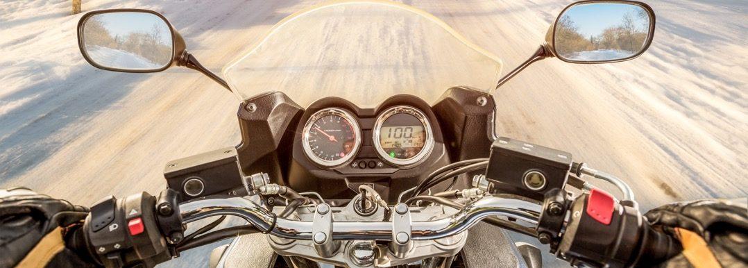 Winterbanden voor motorfietsen wel of niet doorrijden Driving-Dutchman