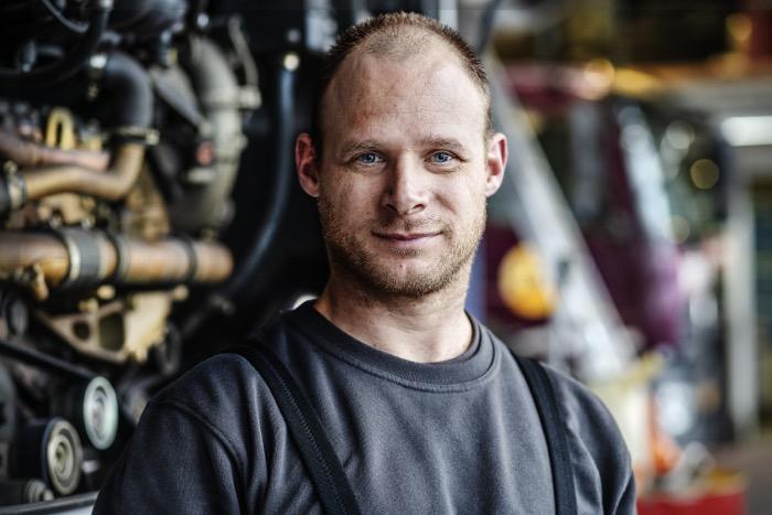 Louwman laat hart van bedrijf zien in unieke wervingscampagne voor monteurs Driving-Dutchman