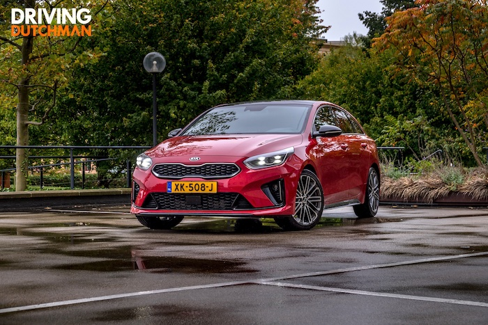 Kia Proceed Driving-Dutchman